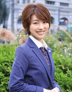 すみれ行政書士事務所 代表 篠原菫(しのはらすみれ)